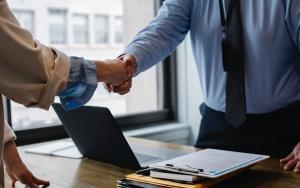 Destaca presidente del CCPEQ la importancia de valuar una empresa